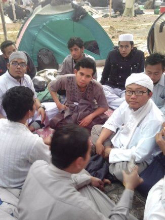 Jamaah dari Indonesia sedang praktek berdawah ke rekan2nya